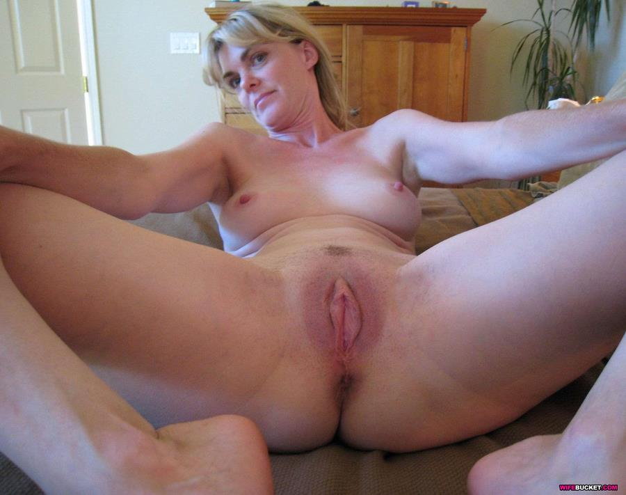 Amateur Pics Wife This Milf Pussy Deserves A Lot