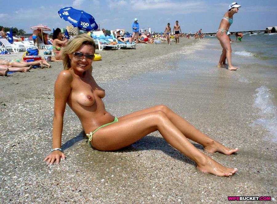 Ah The Beach Full With Hot Wives And Milfs I Know It S Only