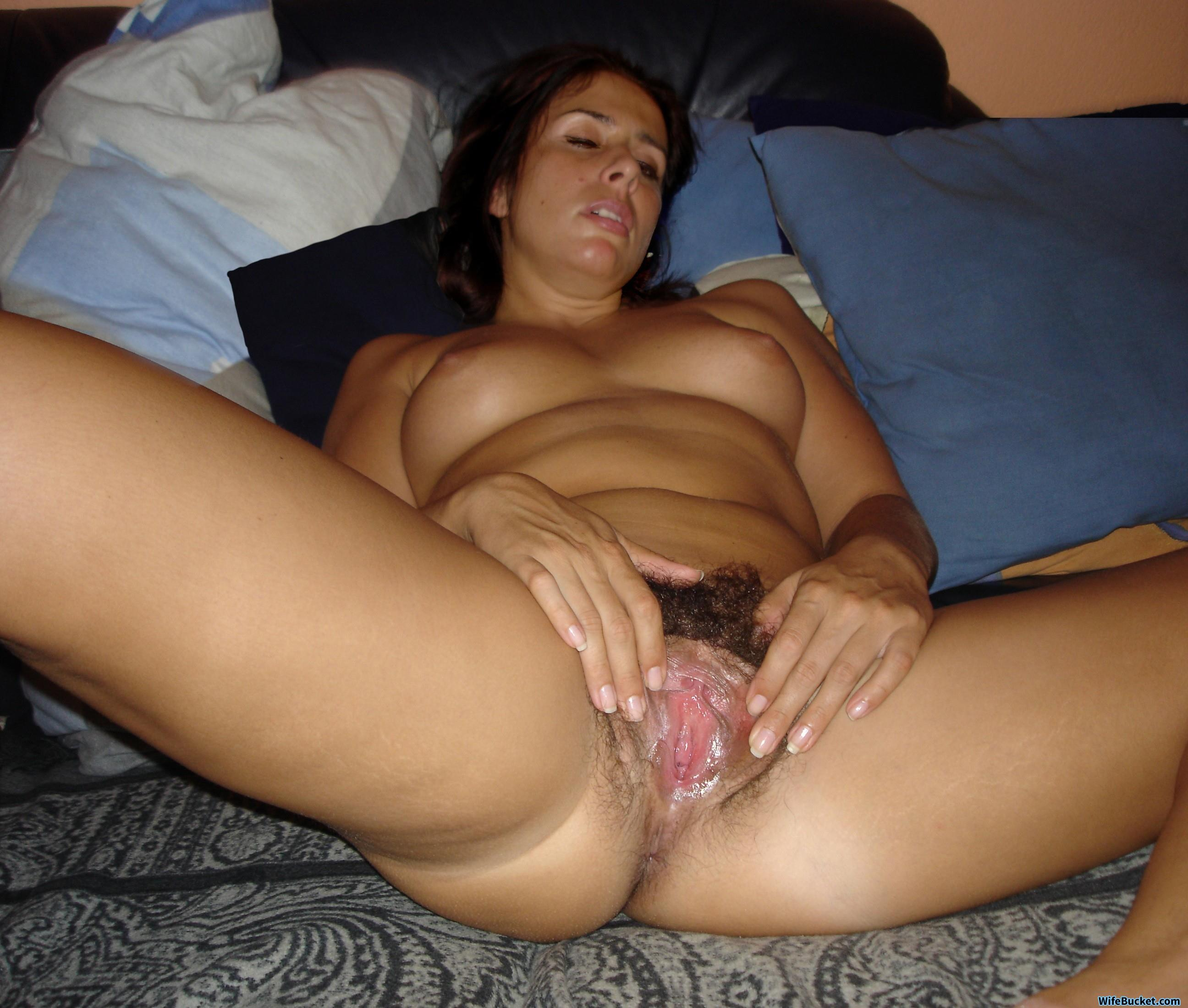 Nude wives and MILFs Archives | WifeBucket | Offical MILF Blog