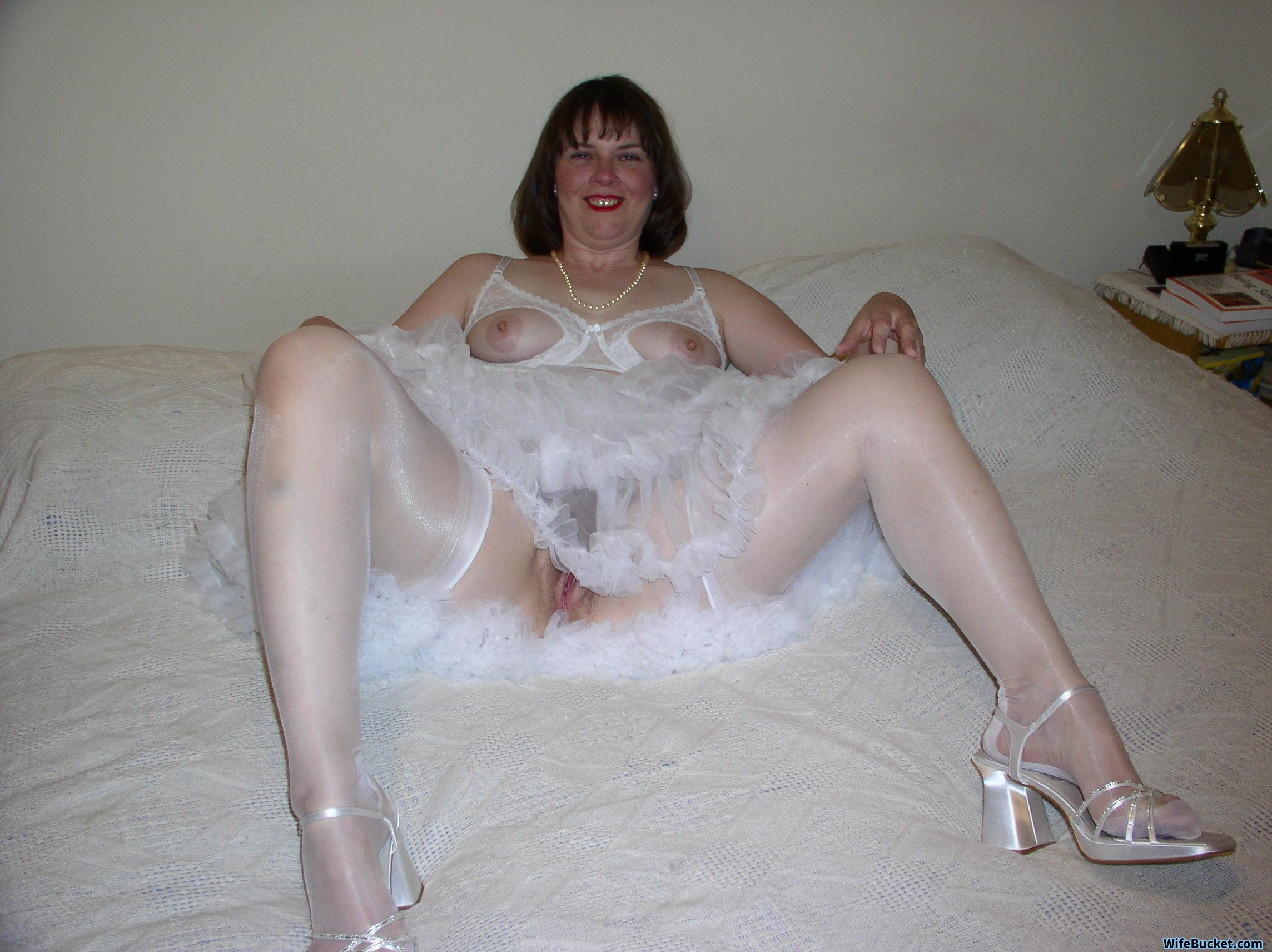 Nude Brides And Honeymoon Sex Archives  Wifebucket -2838