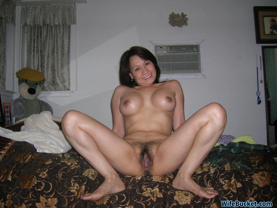 chiliean girls fucking with legs open
