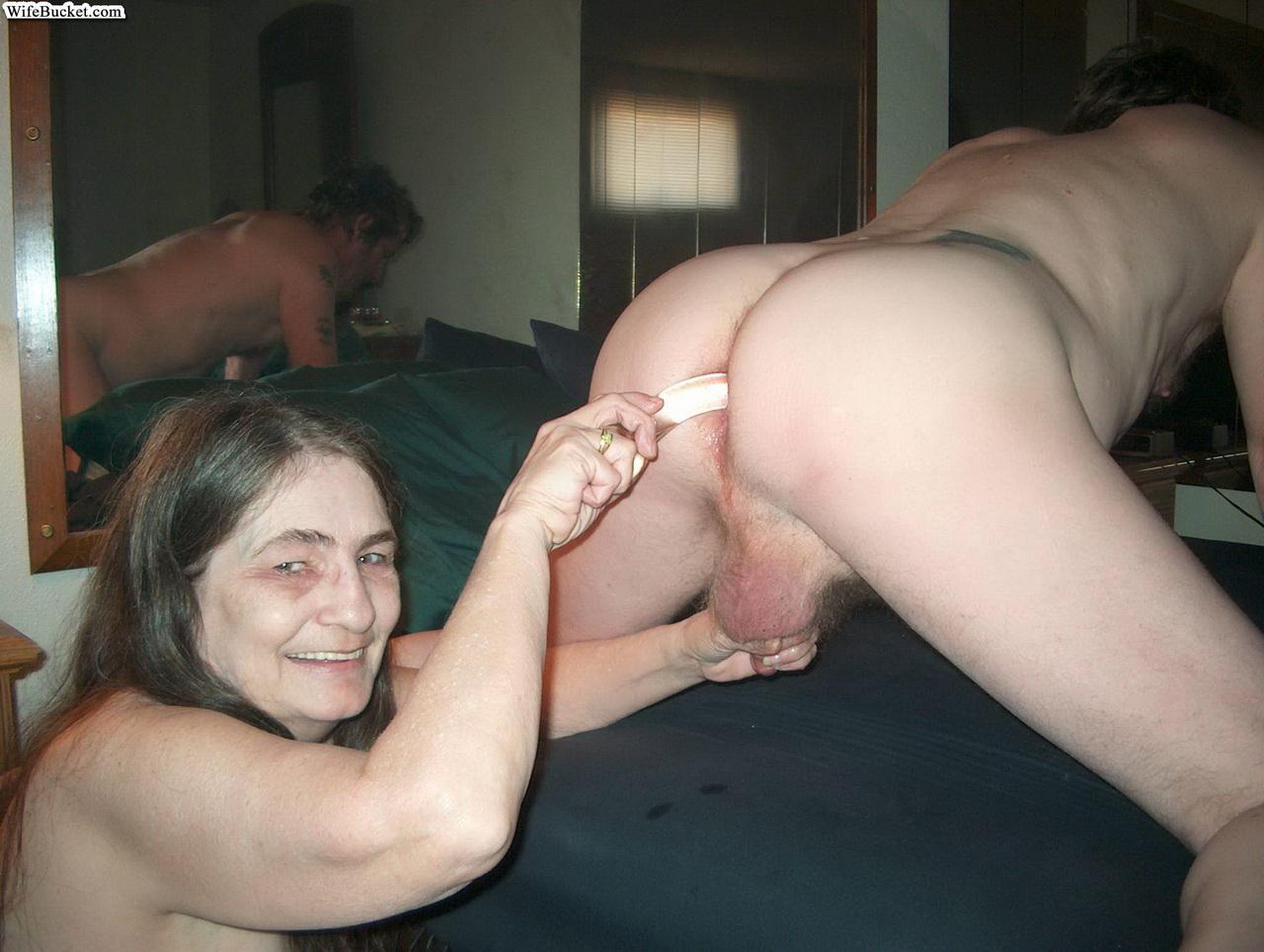 смотреть порнографию старые извращенцы чем