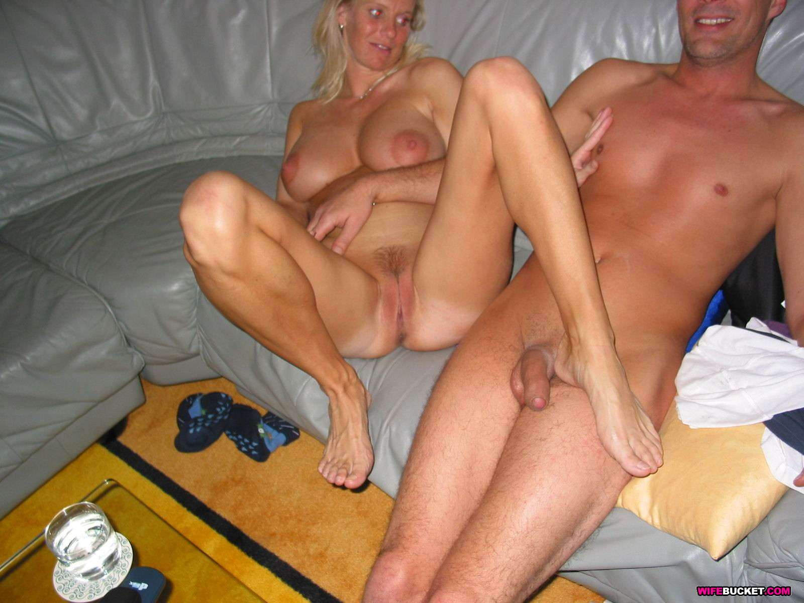 swinger clubs milfs 30