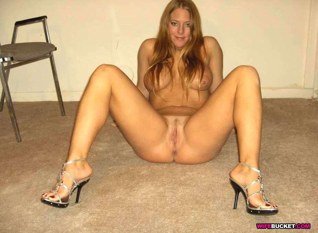 Heel Wife Nude