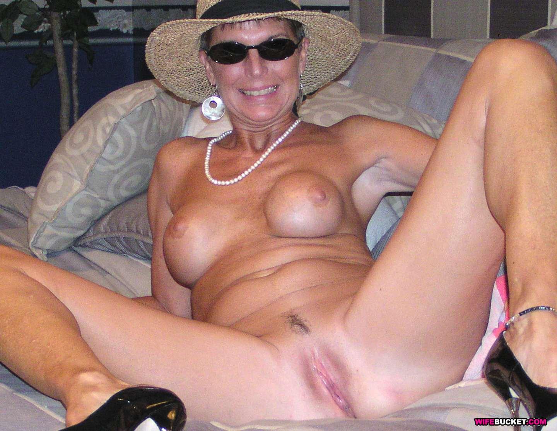 Glamour mature porn pics