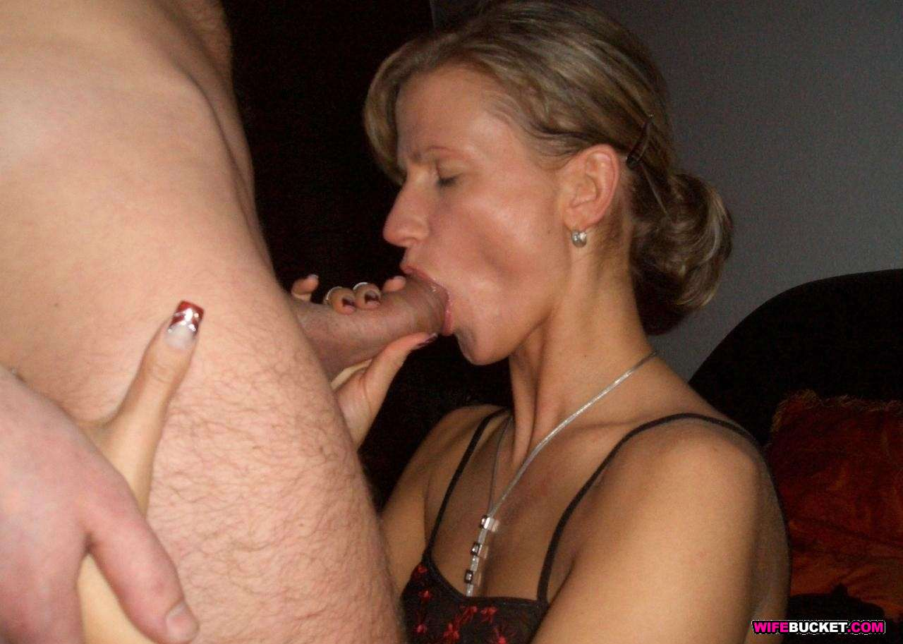Wife loves oral sex nude pics, water sex pussy