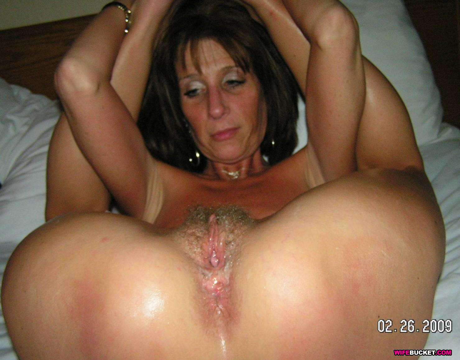 Hot amateur milf videos
