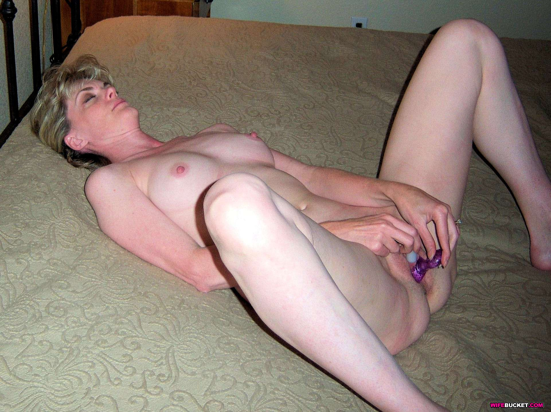 user submitted older mature homemade photos