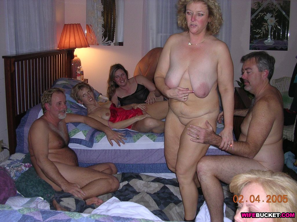 Wifebucket - Real Amateur Milfs And Wives Swingers Too-3419